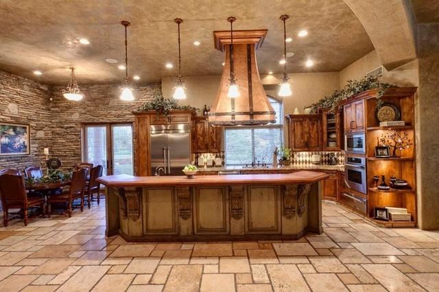 Modern Farmhouse Interior Design; Traditional Kitchen ...
