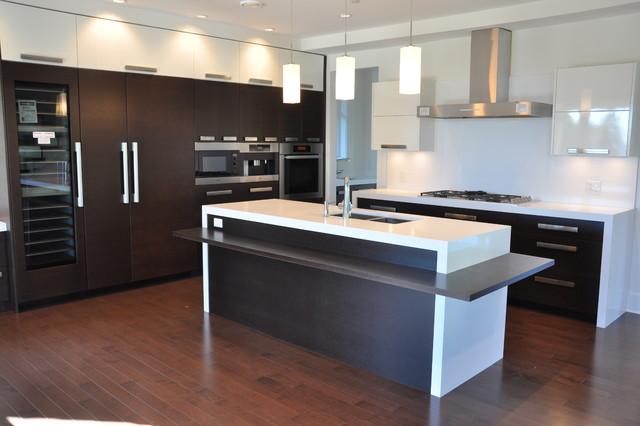 Ambleside West Vancouver Contemporary Kitchen Vancouver By Paradigm Kitchen Design