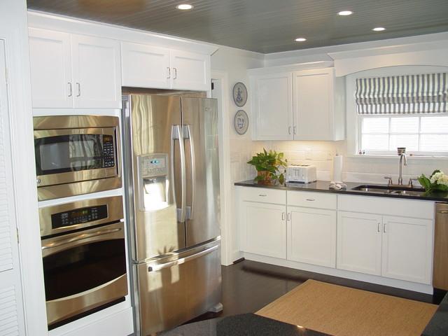 Ambrose kitchen - Traditional - Kitchen - Louisville - by ...