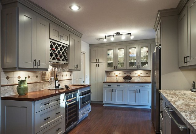 American Cherry Butcher Block Backsplash - Traditional - Kitchen ...