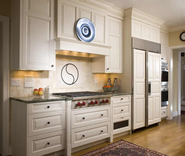 American Classic - Traditional - Kitchen - Chicago - by ...
