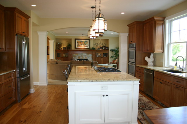 American craftsman craftsman kitchen milwaukee by architectural homes by anders inc - Space saving movable kitchen island get efficient kitchen traffic ...