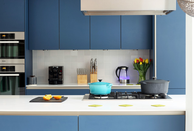 Amersham kitchen modern kitchen london by alex for Modern kitchen london