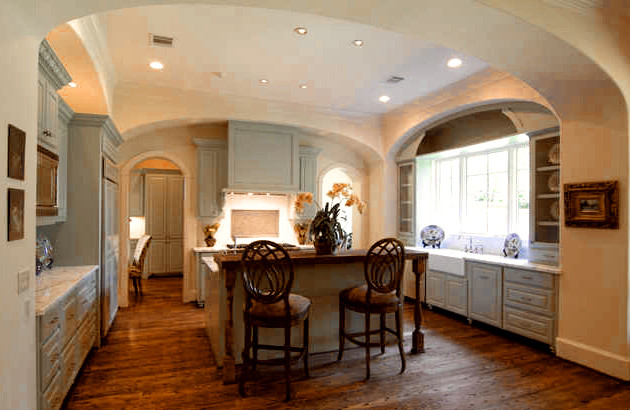An english country kitchen for Traditional english kitchen