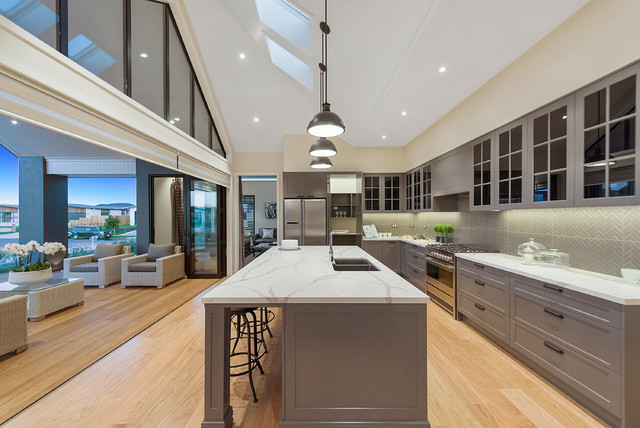 An Entertainers Kitchen! Contemporary Kitchen