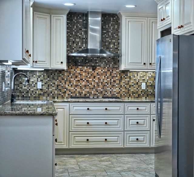 Anaheim - Dickel St. - Traditional - Kitchen - orange county - by Classic Remodeling