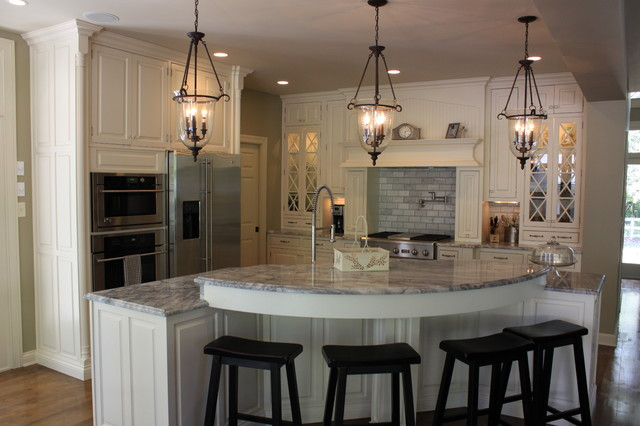 Anchorage Kentucky White Kitchen Remodel Traditional Kitchen Louisville By Walters Cabinets Inc Houzz Uk