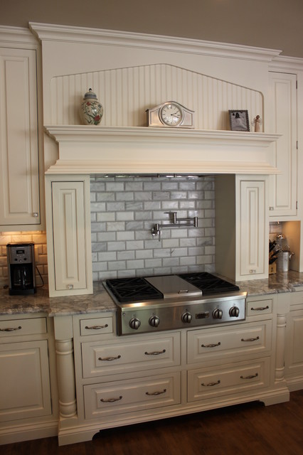 Anchorage kentucky white kitchen remodel traditional for Kitchen cabinets louisville ky