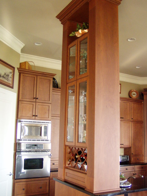 Anderson kitchen traditional kitchen miami by wes for Anderson kitchen cabinets