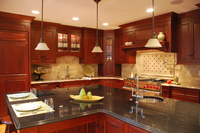 Andover, MA Cherry Kitchen - Traditional - Kitchen - Boston - by Heartwood Kitchens