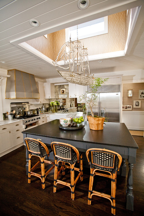 Vintage Kitchen With Ship Themed Chandelier
