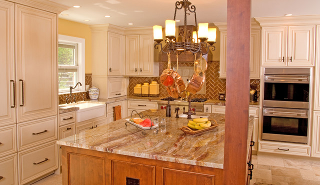 Angie Keyes CKD - DesignWorks- Kitchen & Bath traditional kitchen