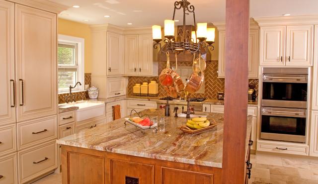 Angie Keyes CKD - DesignWorks- Kitchen & Bath traditional-kitchen
