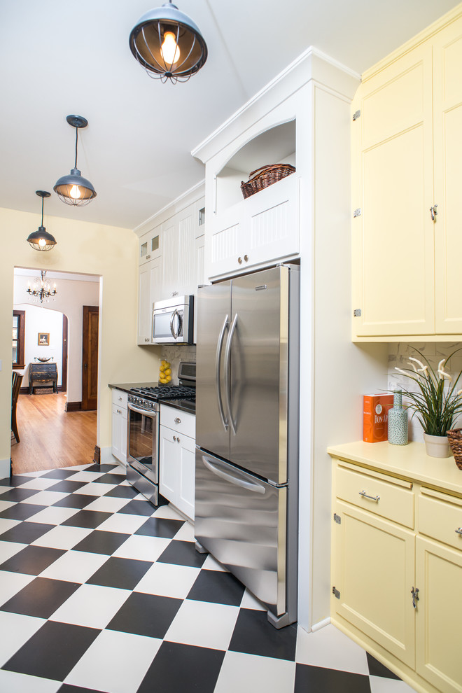 Ann Arbor Bungalow - Traditional - Kitchen - Detroit - by ...