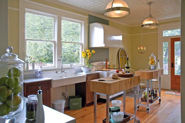 Small Elegant Single Wall Medium Tone Wood Floor Enclosed Kitchen Photo In  Portland With A