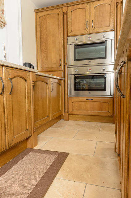 Milligan and Jessop Antique Oak traditional-kitchen
