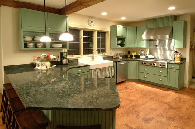 Antique Reproduction - New Boston, NH traditional-kitchen