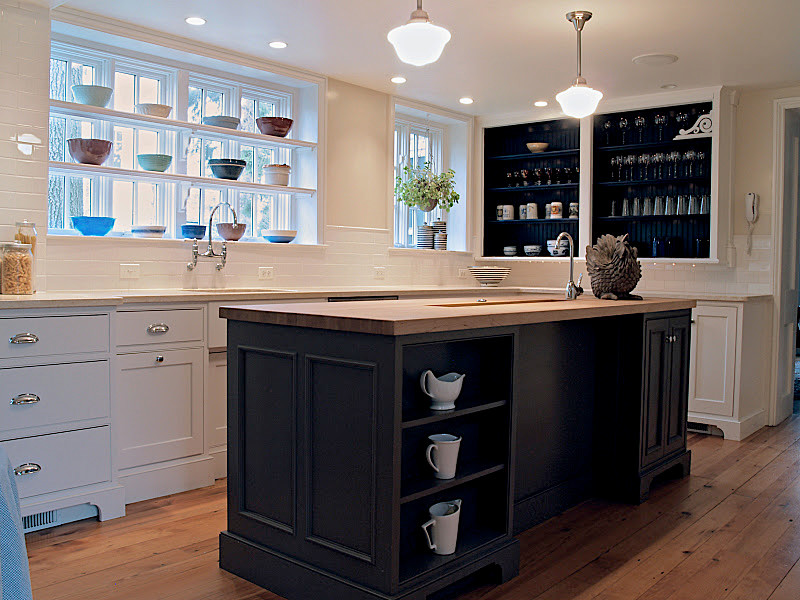 Example of an eclectic kitchen design in Philadelphia