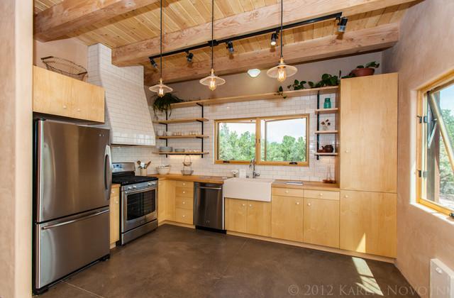 Apache ridge santa fe rustic kitchen albuquerque for Santa fe kitchen