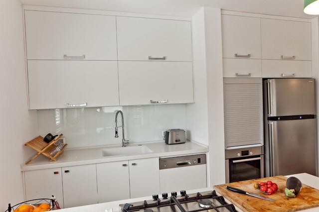 Apartment - Hadar Yosef ,Tel Aviv contemporary-kitchen