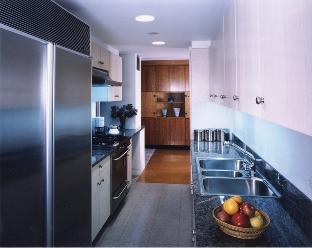 Apartment NY traditional-kitchen