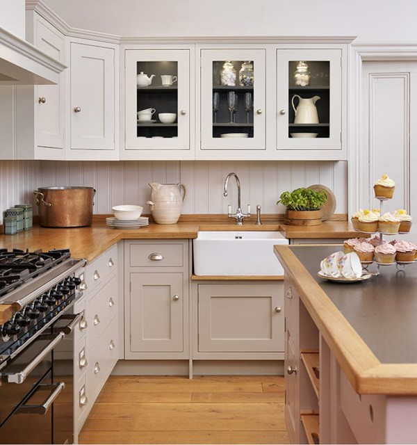 Apollo shaker ivory painted oak cashmere traditional for Shaker kitchen designs