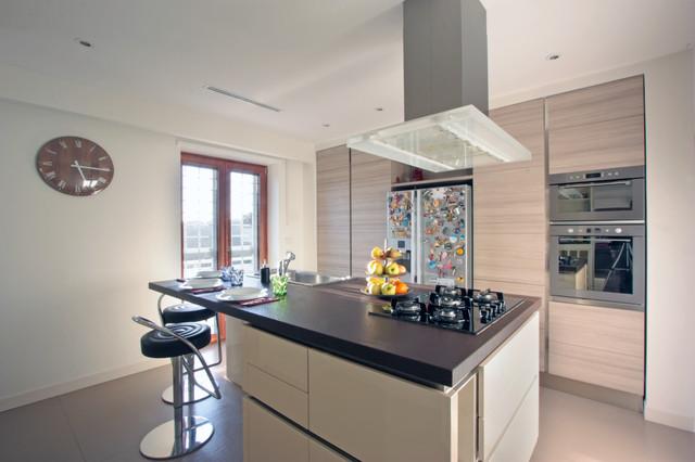 Appartamento c in monte mario a roma moderno cucina for Appartamento design roma