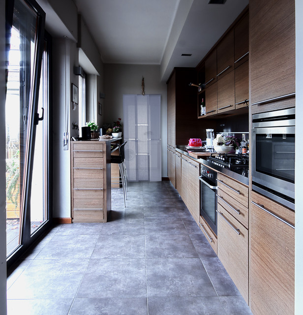 Cucina in Wengè - Contemporary - Kitchen - Turin - by Diego Bortolato Architetto