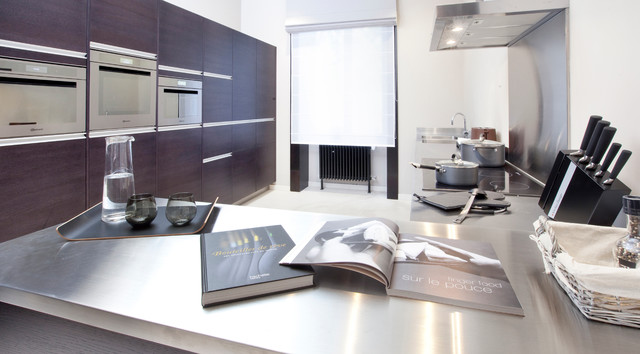 Swiss Apartment contemporary kitchen