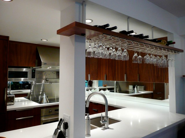 Hi Design Custom Cabinetry ~ Appartment space modern kitchen vancouver by hi