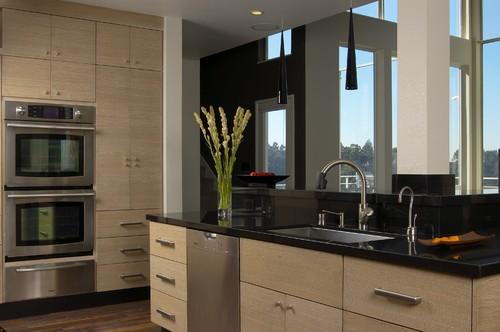Contemporary Kitchen by San Francisco Interior Designers & Decorators Applegate Tran Interiors