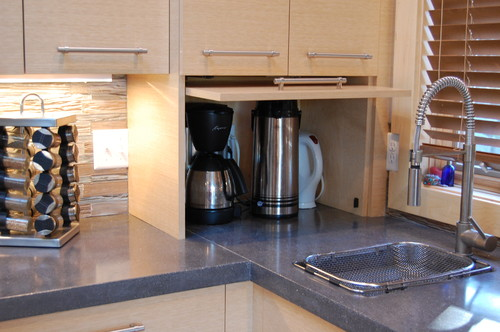 What Brand And Model Hardware Is Used For The Appliance