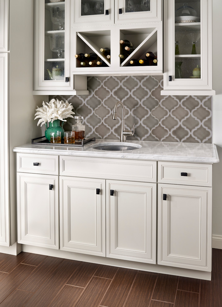 Inspiration for a contemporary kitchen remodel in Orange County