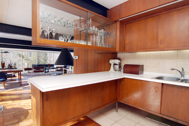Gentil 1960s Open Concept Kitchen Photo In Other With A Drop In Sink, Flat