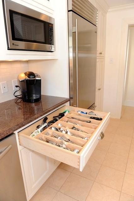 ArdsleyKitchen41 traditional-kitchen