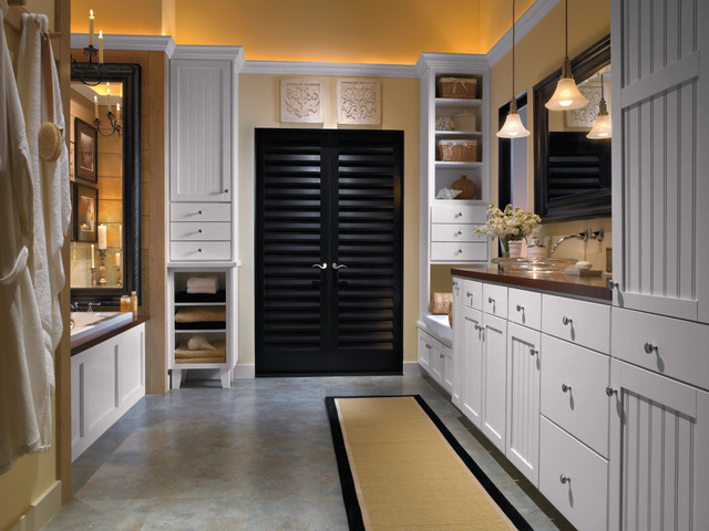 Aristokraft Cabinetry: Ellsworth PureStyle White - Traditional - Kitchen - by MasterBrand ...