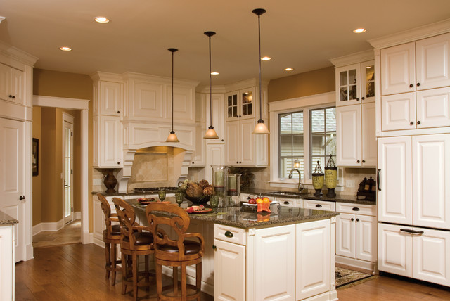 Aristokraft Cabinetry Traditional Kitchen Indianapolis By Great Kitchens Baths