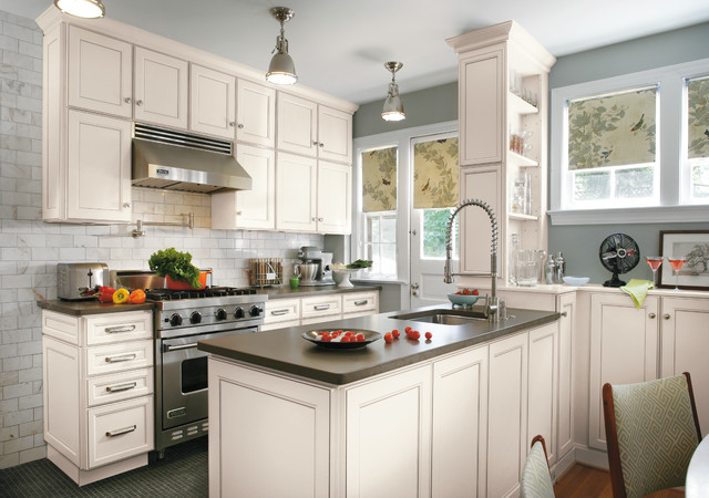 Aristokraft Cabinetry - Traditional - Kitchen - indianapolis - by Great Kitchens & Baths