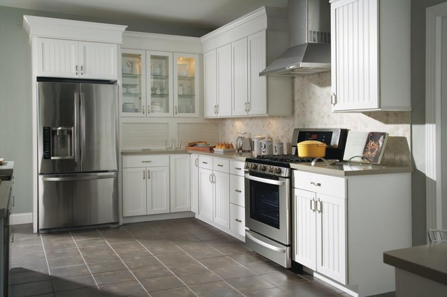 Aristokraft Ellsworth Kitchen Cabinets - Traditional - Kitchen - other ...