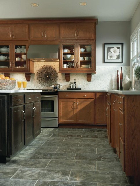 Aristokraft Landen Kitchen Cabinets - Traditional ...