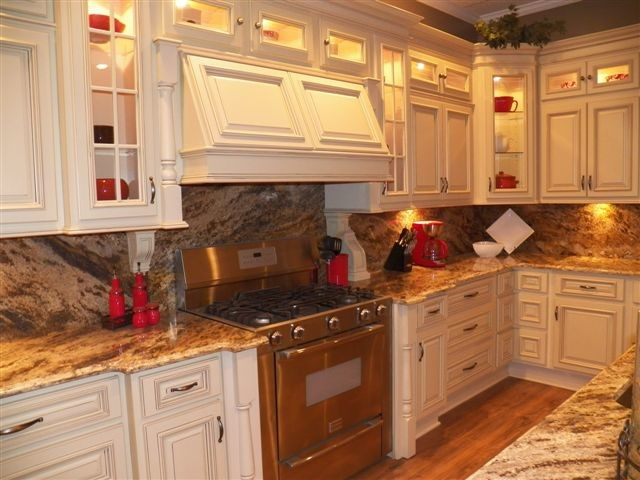 Arlington cream white kitchen cabinets home design for Traditional white kitchen cabinets