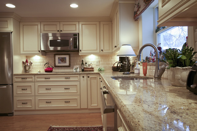 Arlington traditional-kitchen