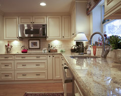 Arlington traditional kitchen