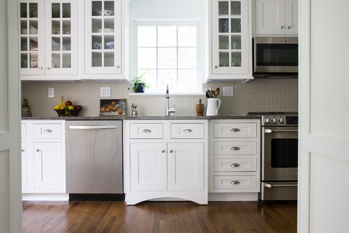 What Shiloh Cabinet door style and color. Thanks
