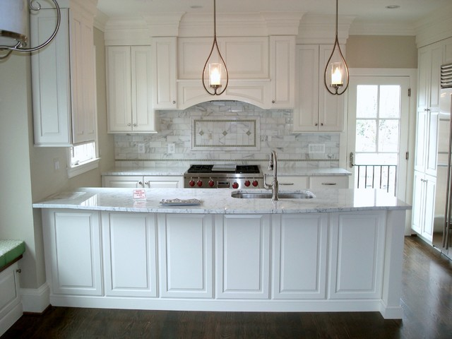 Arlington Remodel White Raised Panel Full Overlay American Traditional Kitchen Dc Metro By St Clair Kitchens Houzz