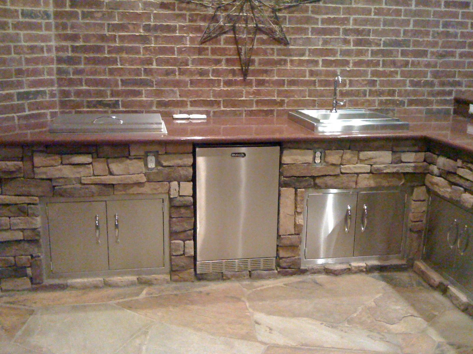 Arrowhead - Outdoor Kitchen - 2010