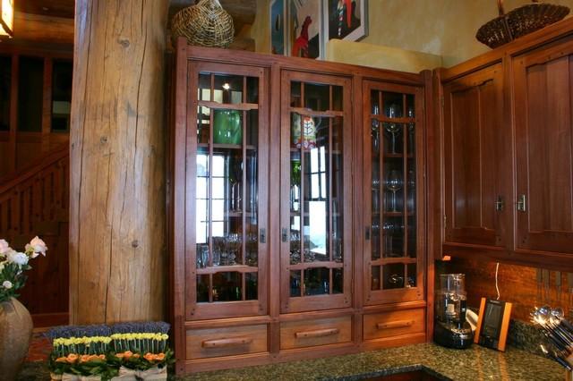 Arts crafts greene greene style kitchen craftsman for Greene and greene inspired furniture
