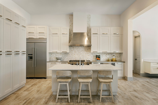 Ashton Woods Pontevedre Model At Fiddler 39 S Creek Traditional Kitchen