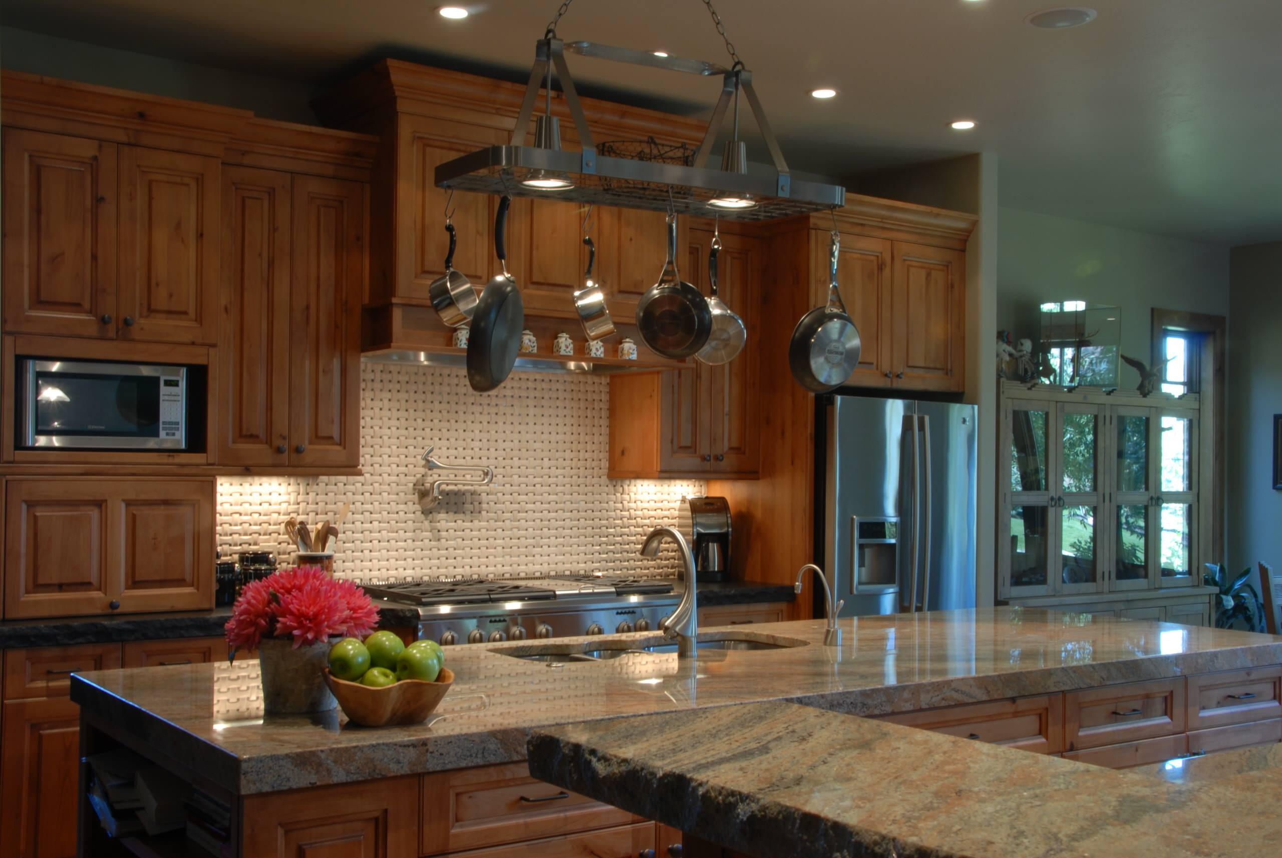 aspen glen cottage kitchen