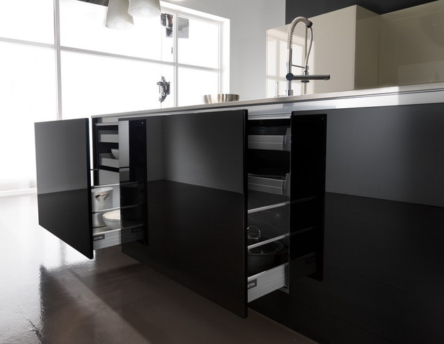 high gloss lacquer finish kitchen cabinets astra contemporary kitchen design www kitchentown jpg 16322